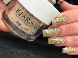 How to Achieve Perfect Holiday nails using Kiara Sky Dipping Powder
